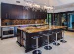 Столешницы для кухни — 20 идей оформления интерьера