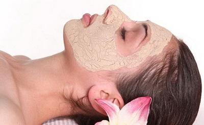 Рецепты масок для лица с пивными дрожжами от прыщей, морщин, пигментных пятен